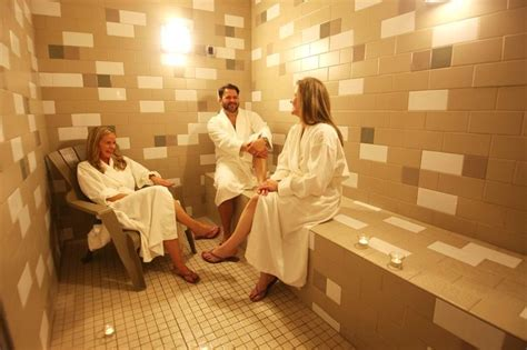 Sauna Vs Steam Room Benefits by 1000 Ideas About Steam Room Benefits On