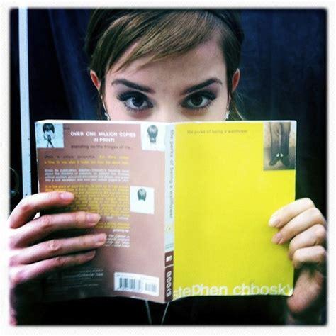 emma watson reading awesome people reading