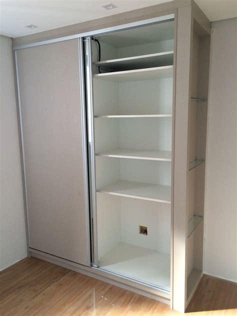 armario porta de correr armario guarda roupa porta de correr tv embutida r