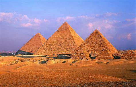 imagenes piramides egipcias fondo imagen piramides egipto