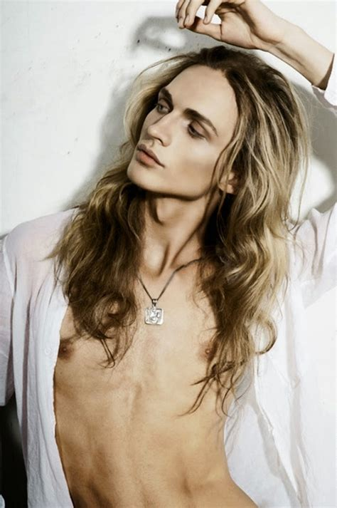 androgynous model 20 androgynous male models who are better looking than