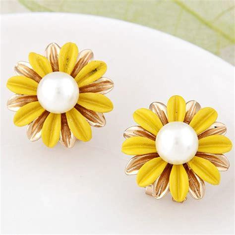 Esene Golden Mask Sunflower Per Pcs korean fashion sweet sunflower ear studs yellow