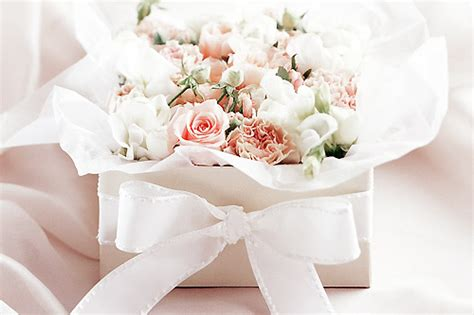 Wedding Gift On A Budget by Choosing The Wedding Gift On A Budget Gentwenty