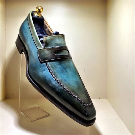 mens shoe stores a visit to a parisian s shoe store by om malik