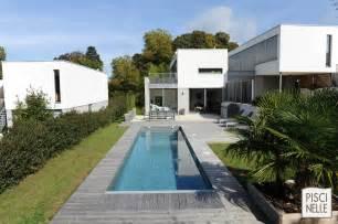 Attrayant Piscines Semi Enterrees #6: 46-piscine-couloir-de-nage-maison-design.jpg