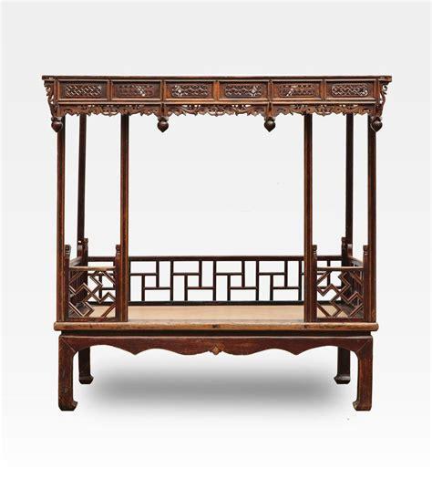 letto cinese a baldacchino intagliato legno di olmo