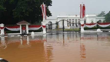membuat sim di jakarta utara ada sabotase saat banjir fbb sebut ahok pemimpin kardus