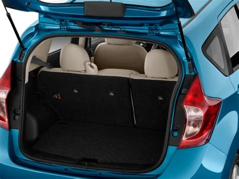 nissan tiida trunk space nissan versa note trunk space 2017 ototrends