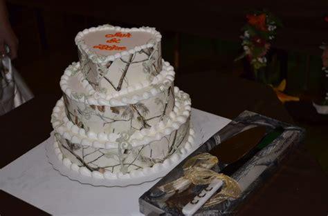 camo dairy wedding cake photography dairy wedding cake and weddings