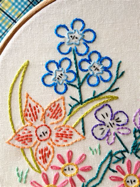 free design hand embroidery alice s garden embroidery pattern sew mama sew