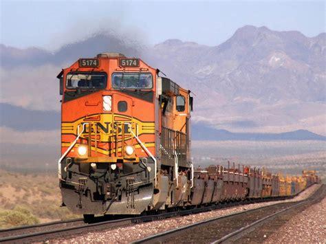 gambar kereta api  pemandangan indah gambar keren