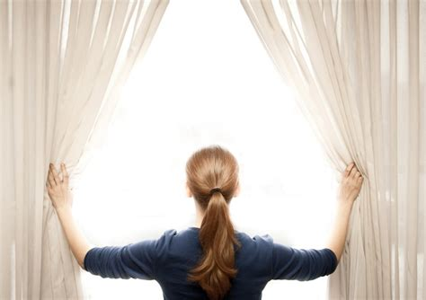 how to wash curtains at home tips on cleaning blinds venetians and curtains help me