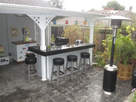 4 essentials for setting up a backyard bar ideas 4 homes
