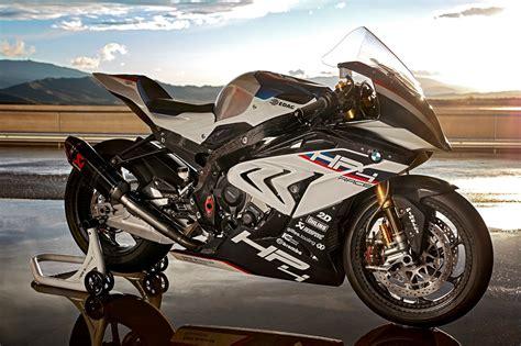 A Bmw Motorrad by Bmw Motorrad Uk Bmw Hp4 Race Bmw Motorrad S Game