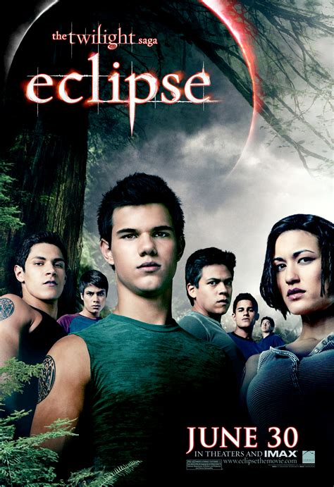 Saga Of The Wolf new eclipse posters bring out the cullens and the wolf pack