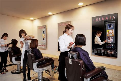 what black hair salon that was on tv samsung s first mirror displays are now being used in a