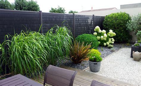 Palissade Bord De Mer by Am 233 Nagement D Un Jardin En Ville Et Cl 244 Ture Seven Garden