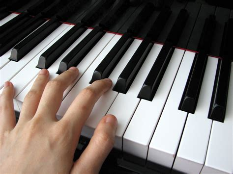 play piano with computer keyboard piano lessons for adults are adults too old to learn the