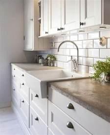 Exceptionnel Couleur Interieur Maison Design #7: 1-ikea-credence-pas-cher-meubles-de-cuisine-credence-de-cuisine-beige.jpg