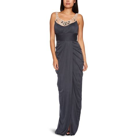 Adriana4 Maxy tips on what to wear to a wedding what to wear post