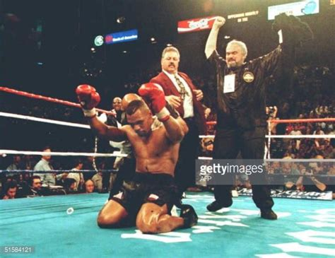 mike tyson best ko 17 best images about boxing on heavyweight