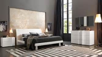 master bedroom bed sets elegant wood modern master bedroom set feat wood grain cincinnati ohio vsmaarm