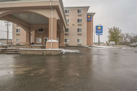 Comfort Inn And Suites Edson by Comfort Inn Suites Edson Ab See Discounts