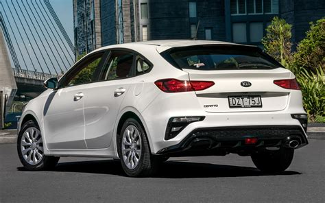 kia forte hatch 2020 2019 kia cerato hatch au wallpapers and hd images