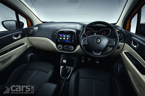 renault captur interior at renault captur facelift costs from 163 15 355 as renault s