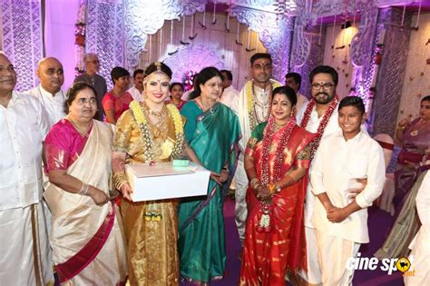 actress radhika sarathkumar daughter radhika sarathkumar daughter rayane wedding photos 14