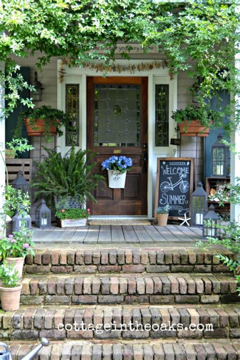 Summer Front Porch Cottage In The Oaks | coastal decor monday funday link party 23