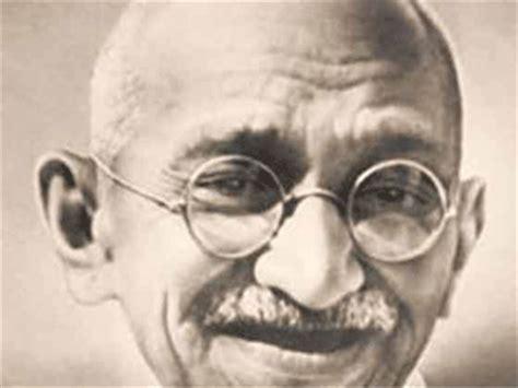 biography of gandhi bapu bollywood remembers bapu on gandhi jayanti