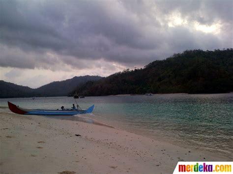 5 artis dunia yang berbulan madu ke pulau dewata bali foto ini keindahan memukau pulau kiluan yang dijual
