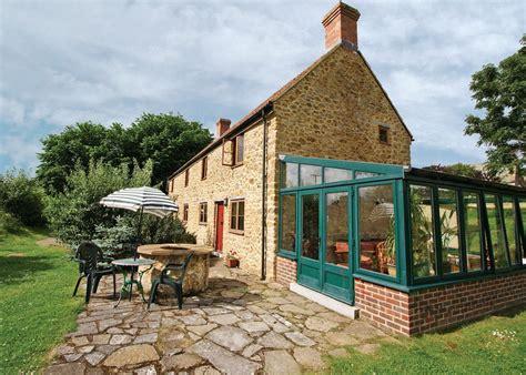 dorset cottage strawberie cottage beaminster cottage dorset