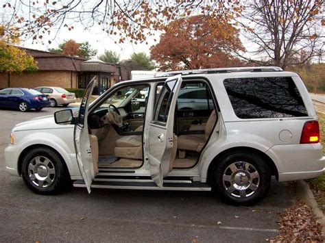 car manuals free online 2005 lincoln navigator security system travien2002 2005 lincoln navigator specs photos modification info at cardomain