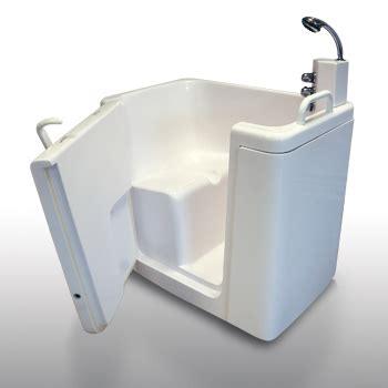 vasca bagno disabili vasche da bagno per disabili e anziani di linea oceano