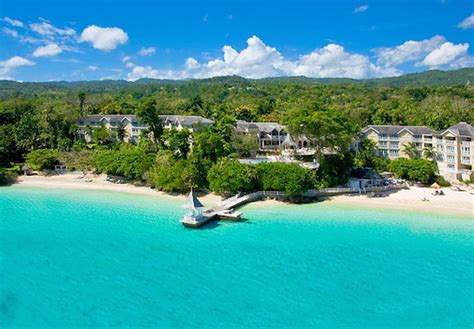 best luxury caribbean resorts the caribbean s 25 best luxury resorts
