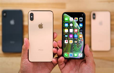 storage increases in iphone xs offers high profits to apple with minimal production cost