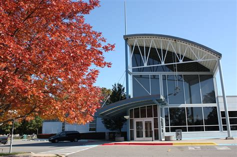 district libraries receive donation hobnob branson portage library s food for fines program oct 10 16