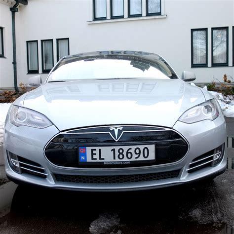 Tesla Model S Norge Tesla Bygger Hurtigladere I Norge Transport