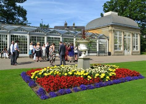 Botanical Gardens Sheffield Events Juna Feeds A Chicken Picture Of Sheffield South Tripadvisor