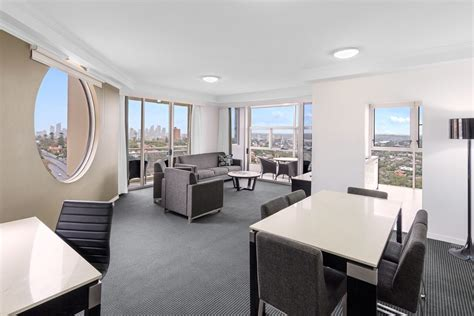 3 bedroom hotel suites 3 bedroom habour suite bondi junction meriton suites