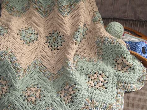 free pattern granny ripple afghan grannies ripples crochet afghan free pattern crafts