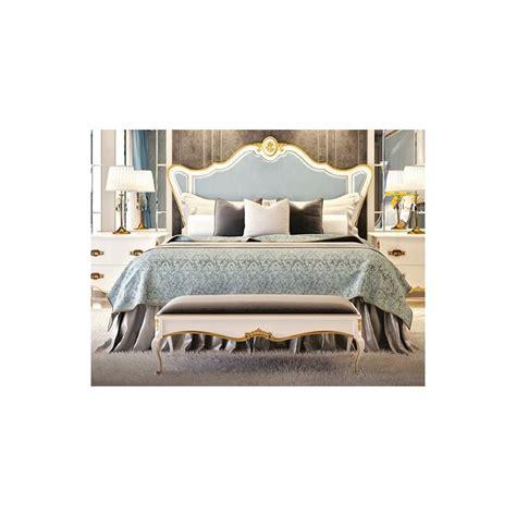 tete de lit luxe lit et t 234 te de lit de luxe capitonn 233 e bleue