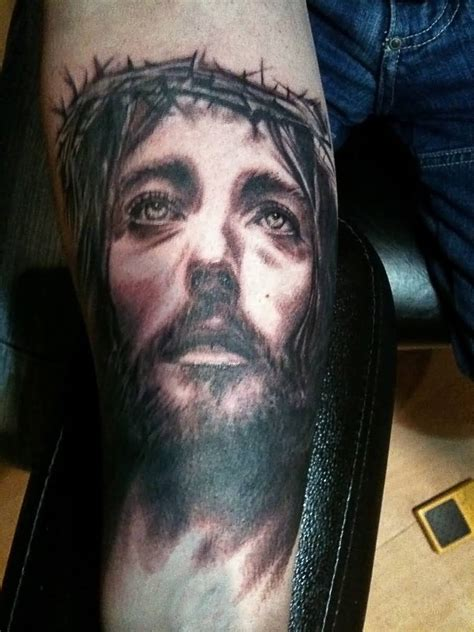 jesus tattoo best jesus tattoo ideas and jesus tattoo designs page 5
