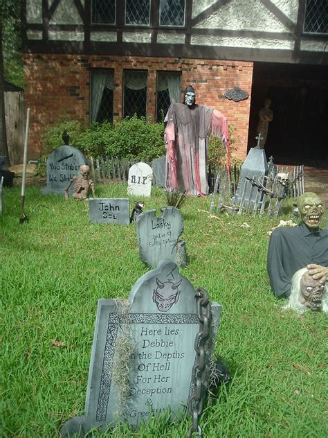 haunted backyard ideas complete list of halloween decorations ideas in your home
