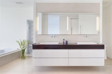 badezimmer doppelwaschbecken moderne badezimmerm 246 bel doppelwaschbecken rheumri