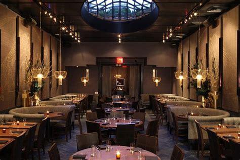 Cosmopolitan Las Vegas Chandelier Bar Luxury Beauty Amp Essex Restaurant