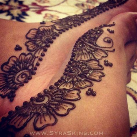 henna tattoo on foot 150 best henna feet images on pinterest