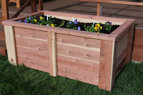 raised garden bed buildsomethingcom